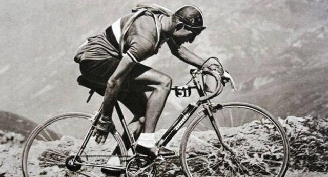 Buon compleanno Grande Gino – A 104 anni dalla nascita vogliamo ricordarlo con una fantastica storia di sport e non solo: Quando Bartali vinse il Tour e salvò l'Italia dalla guerra civile